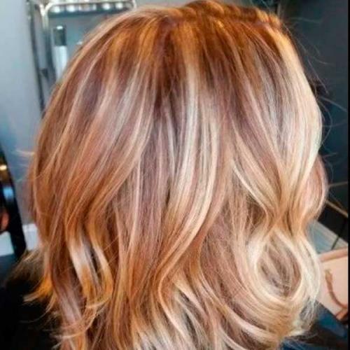 melirovanie-blondinok-temnymi-pryadyami-2.jpg