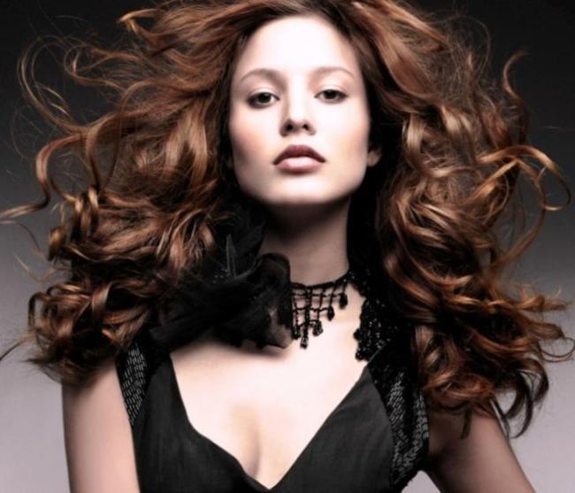 Coloring-on-dark-hair-55.jpg