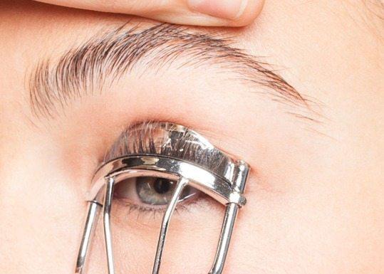 Curl-eyelashes.jpg